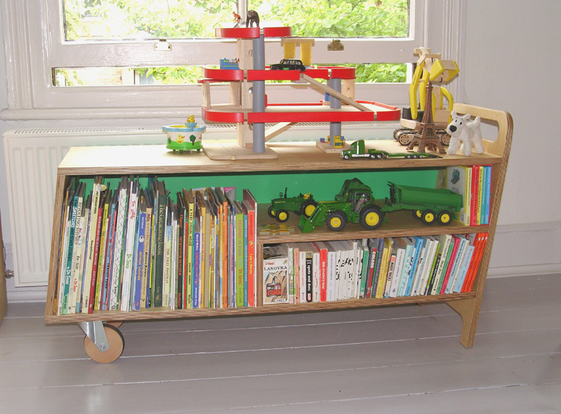 Max Book Barrow<br />